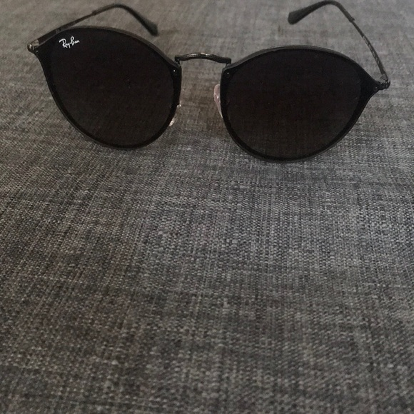 ray ban women's round black sunglasses